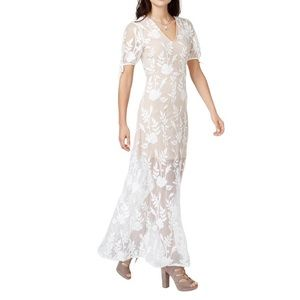 Endless Rose | Embroidered White Maxi dress | S